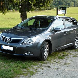 Mandi's Avensis 2,0 MD-S Executive